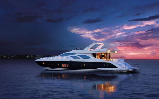 Azimut Yachts at the Singapore Yacht Show: six luxury vessels to represent the Italian brand's absolute elegance.