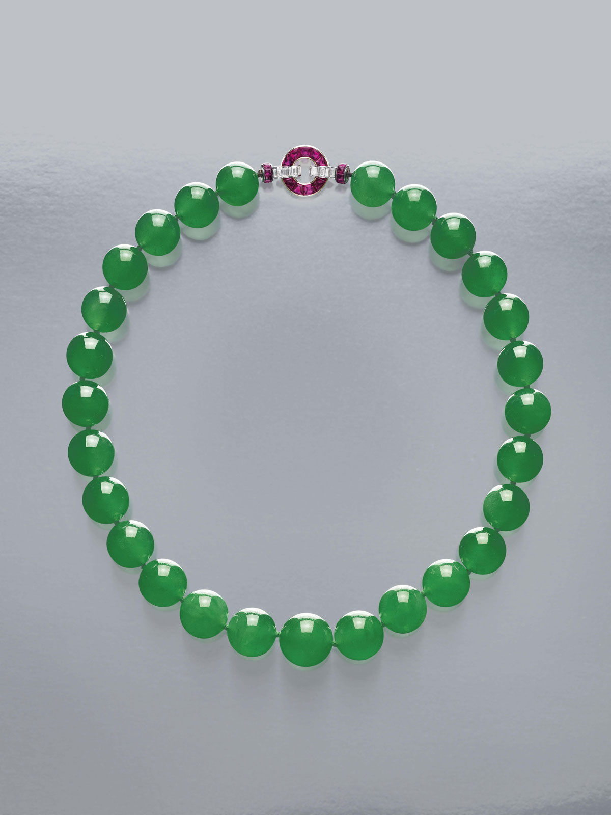 The Hutton Mdivani Necklace Comprised Of 27 Enormous Qing Jadeite Beads With An Art