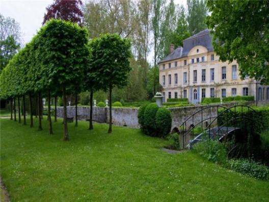French actress Catherine Deneuve selling castle