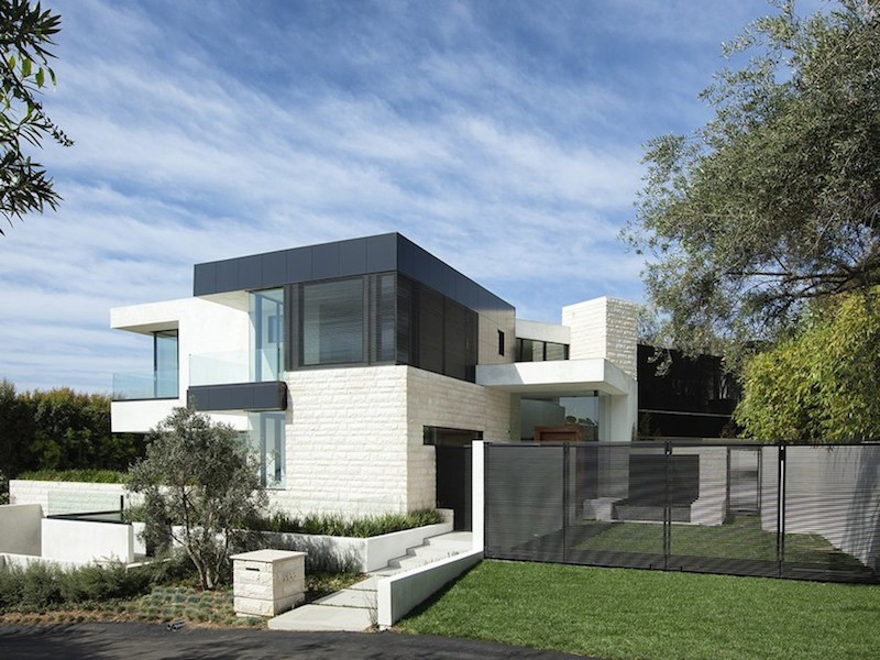 $38,000,000 Contemporary Architectural Mansion On Sale