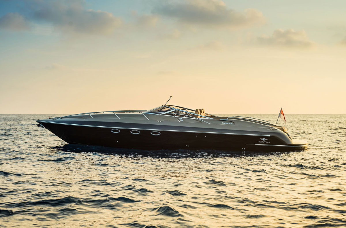 Iconic British manufacturer of high-performance, luxury powerboats and tenders, Hunton, is bringing its wares to the United States market to familiarize consumers with its heritage and stunning range of its made to order powerboats.