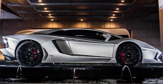 Special Lamborghini Aventador Jackie Chan Edition