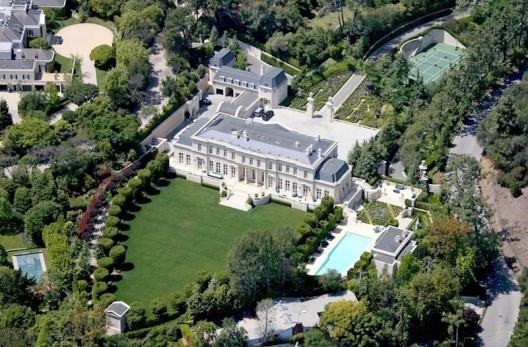Los Angeles Iconic Fleur de Lys Sold for $102 Million