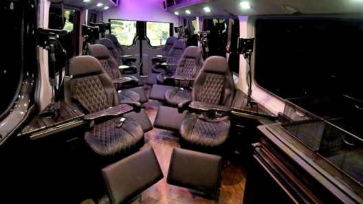 The new bus service offers transportation for just eight passengers direct from luxury hotels for just $90 each way