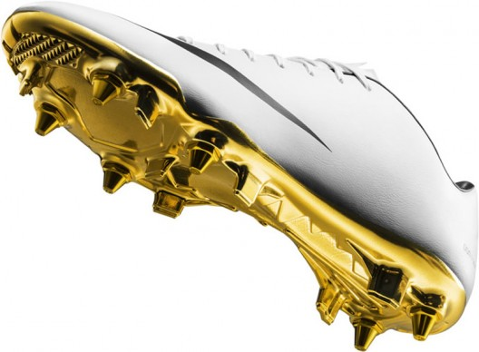 Nike Special Edition Gilded Football Boots For Cristiano Ronaldo