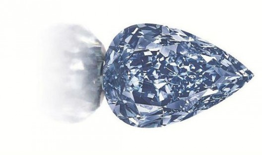 World S Largest Flawless Vivid Blue Diamond At Christie S