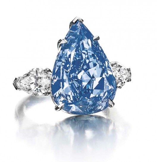 THE LARGEST FLAWLESS VIVID BLUE DIAMOND IN THE WORLDTO LEAD CHRISTIE'S GENEVA MAGNIFICENT JEWELS AUCTION