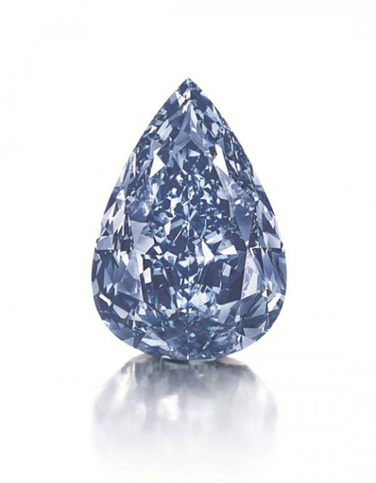 THE LARGEST FLAWLESS VIVID BLUE DIAMOND IN THE WORLD TO LEAD CHRISTIE'S GENEVA MAGNIFICENT JEWELS AUCTION