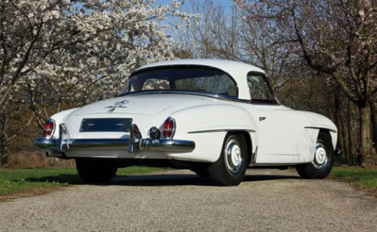1960 Mercedes-Benz 190SL Roadster Could Fetch $130,000 at Auction