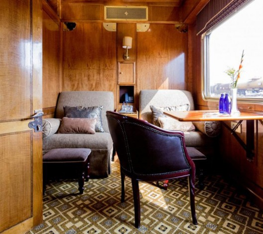 Explore Africa On Board The Rovos Rail And The Blue Train!