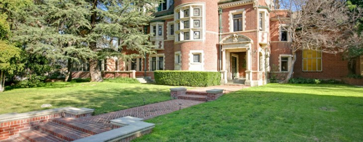 Hauntingly Historic American Horror Story Mansion Back on Market