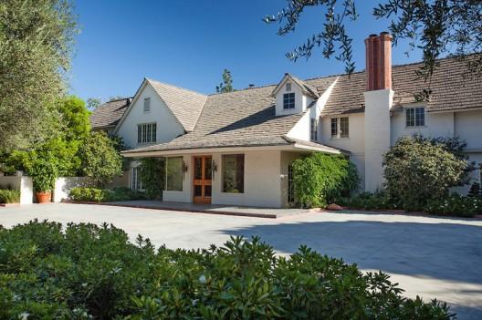 Bob Hope's House in Toluca Lake on Sale for $27,5 Million