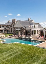 Enjoy Gracious Living Along the Chesapeake Bay – $6,9 Million Conquest Manor