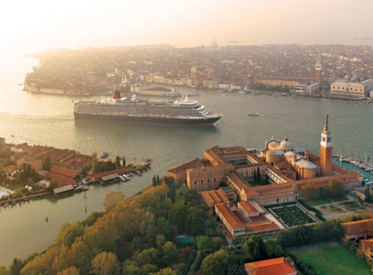 Cunard Line Offers Free Upgrades on European, Caribbean, New England and Transatlantic Cruises