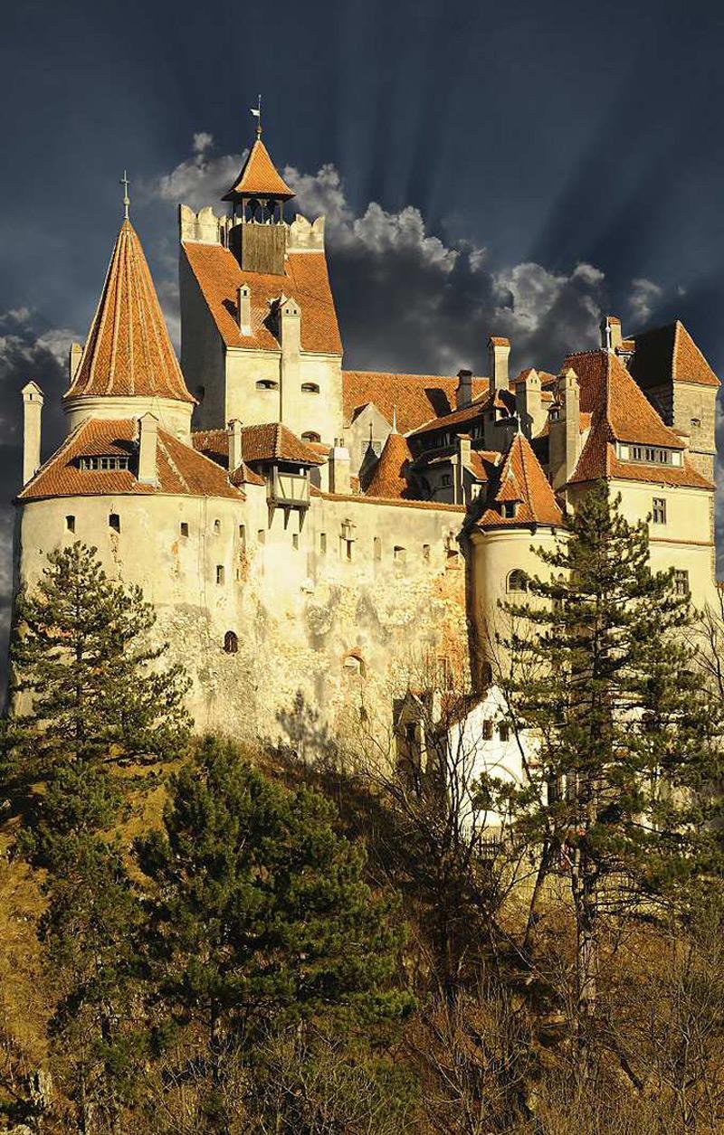 Dracula 39 S Bran Castle In Transylvania On Sale Extravaganzi
