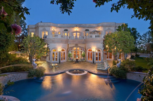 Exquisite European Manor in Prime Beverly Hills on Sale