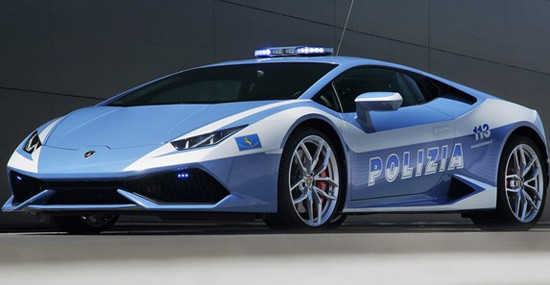 Lamborghini Huracan As Police Car In Italy