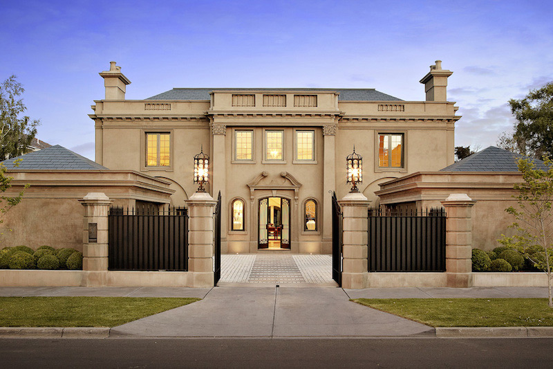 Toorak's Finest Residence On Sale