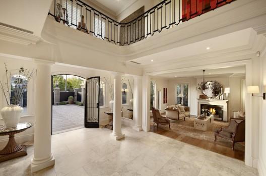Toorak's Finest Residence On Sale