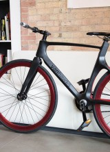 """Vanhawks Valour- World's First Smart """"Connected"""" Bicycle"""
