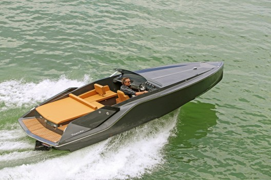 Mirage 747 - Frauscher's New Powerboat With No Rivals!
