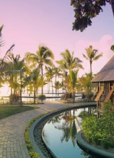 Tropical Beachcomber Resort In Mauritius