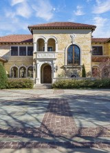 Exquisite Tuscan Estate on Sale
