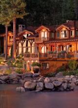 Sunny Nevada Lakefront Estate on Sale for $28,5 Million