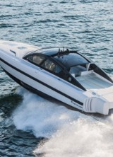 New Grand Tourer of the Sea – REVOLVER 44GT