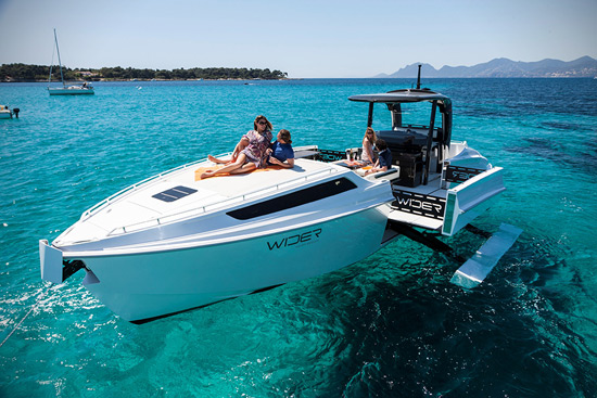Wider 42 Yacht - Just Push the Button and Expand It