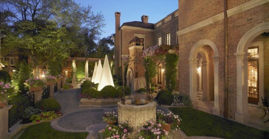 $18,75 Million Chicago's Most Expensive Home Officially Hits the Market