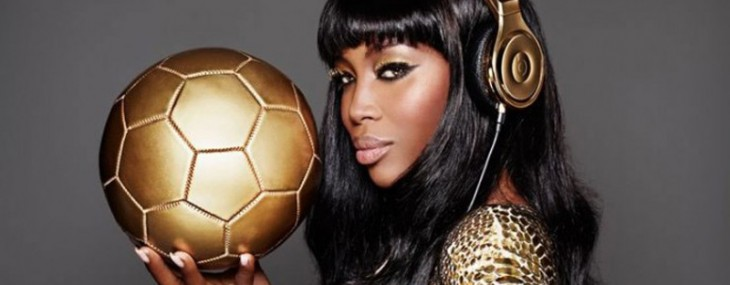 Dr. Dre and Naomi Campbell congratulate the German football team with special edition 24 carat headphones