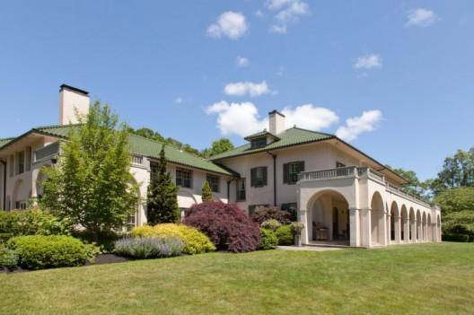 Exquisite Mediterranean-inspired Villa in Boston Metro West