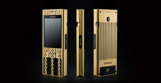 A luxury phone pays homage to Gustav Klimt