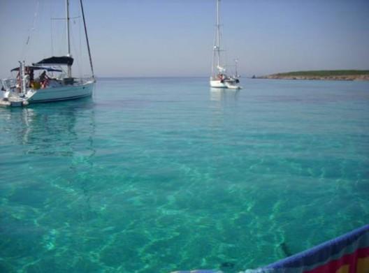 Small Mediterranean Island on Sale for € 1,5 Million