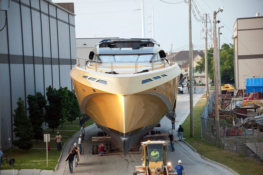 Palmer Johnson Golden 48M SuperSport Yacht