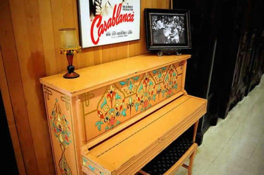 The iconic piano from Casablanca Movie to be sold at auction