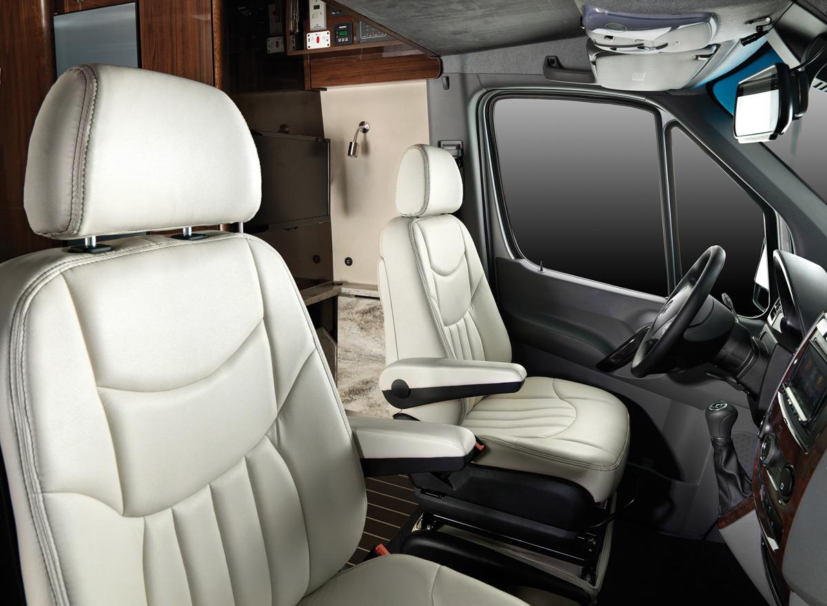 Airstream's New Interstate Grand Tour - eXtravaganzi