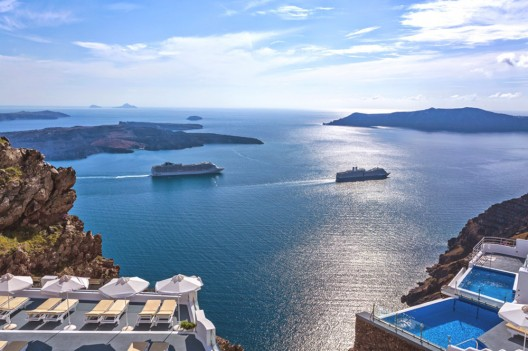 Angels & Stars Suites and Spa, a Luxurious New Santorini Resort