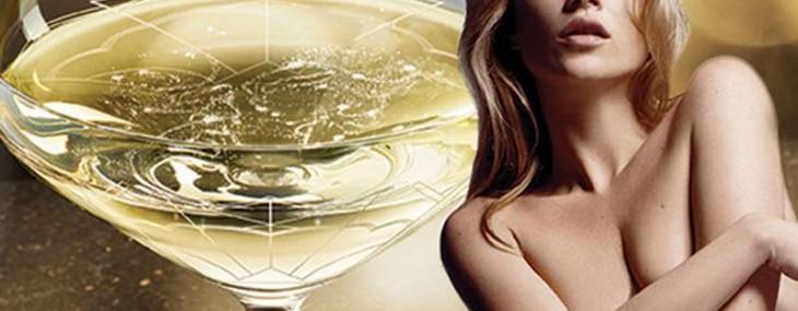 Champagne Glass Shaped Like Kate Moss' Breast?