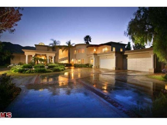 Chris Brown Renting a Luxury Pad for $15,500 a Month