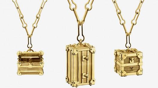 """Louis Vuitton's Les pendentifs """"Petites Malles"""""""