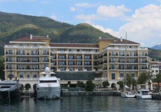 Prestige in Marina - Luxury Hotel Regent Porto Montenegro started to work!