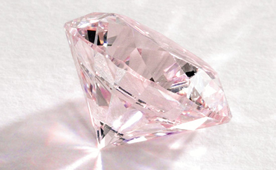 Rare 8.41-Carat Flawless Fancy Vivid Purple Pink Diamond at Sotheby's Hong Kong