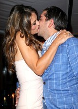 Julian Bharti Paid $81,000 For A Kiss With Elizabeth Hurley