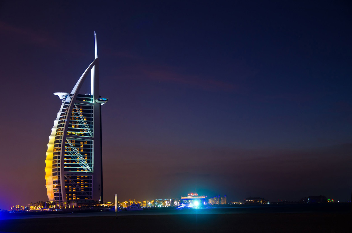 Burj al arab hotel dubai offers exclusive package for for Dubai hotels offers