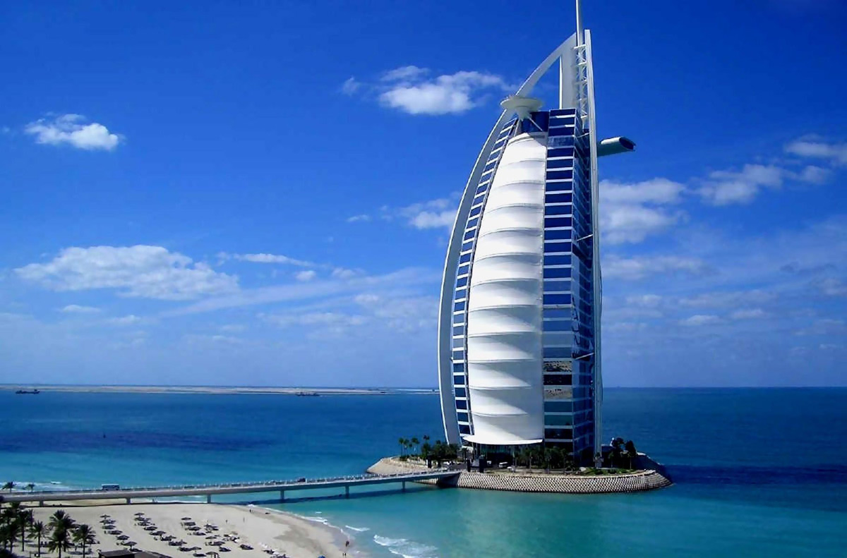 Burj Al Arab Hotel Dubai Offers Exclusive Package for Wealthy Customers