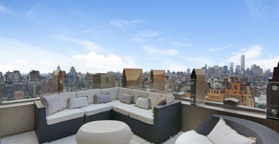 Jennifer Lopez Eyeing Penthouse in Chelsea's Walker Tower