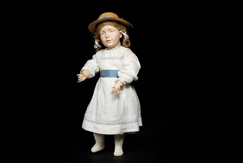 World's Most Expensive - Rare Kämmer & Reinhardt Doll Sold for $400,000