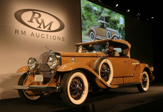 1930 Cadillac V16 Roadster Set New $1.1 Million Record at RM Auctions